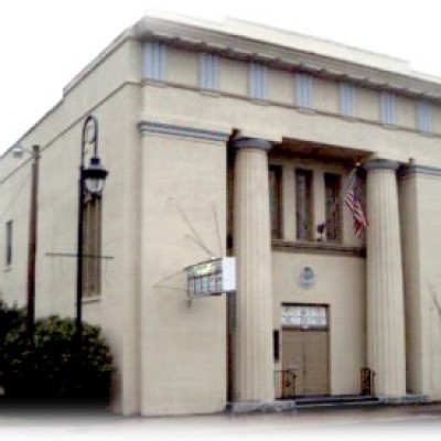 photo of the front of the Holbrook Masonic Temple
